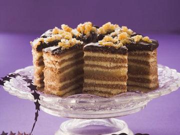 Для выпечки пирога можно использовать 2 вида теста