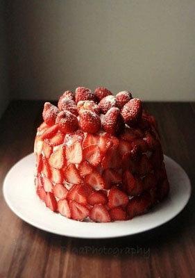 Как украсить торт из блинов