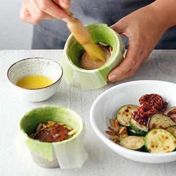 Заполнить формочки овощами