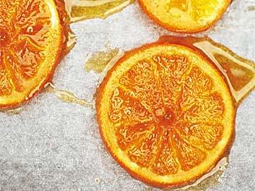 Апельсины подсушить в печке