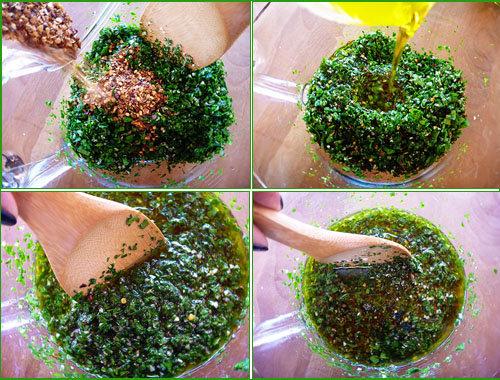 Влить оливковое масло и размешать