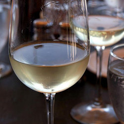 375 мл белого сухого вина