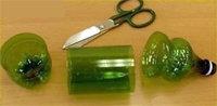 Если у вас нет такого кольца, его легко изготовить из пластиковой бутылки