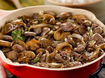 Рецепт приготовления куриных сердечек с грибами