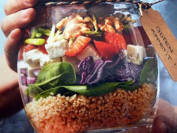 Салат со шпинатом и кускусом