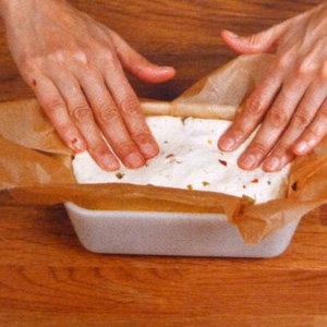 Кулинарный мастер класс Рецепт домашнего сыра с перцем. Шаг 15