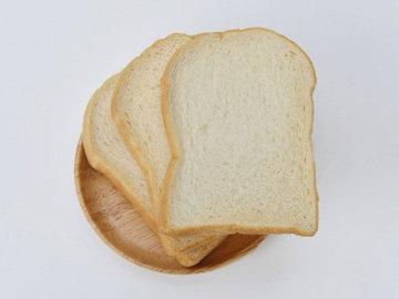 Фламбированные блины с белым хлебом