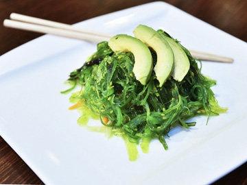 Японский салат из вакаме