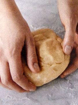 Пирог пай со сладкой начинкой (ягоды черники) 3