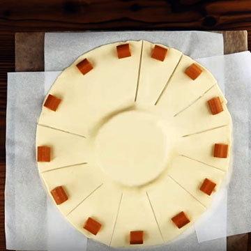 Сырное фондю с колбасками 5