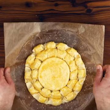 Сырное фондю с колбасками 8