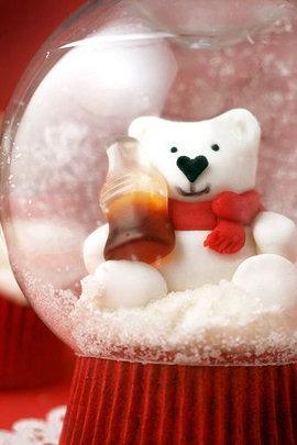 Сделайте Новогодний снежный шар
