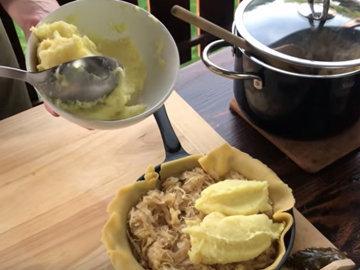 выложить картофельное пюре