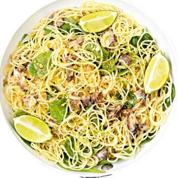 5. Спагетти с сардинами