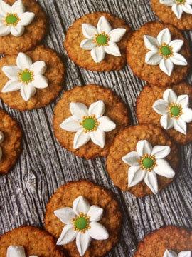 Овсяное печенье украшение цветы ветреницы