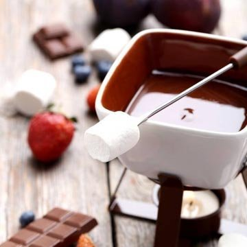 4. Десерт. Маленькое шоколадное фондю