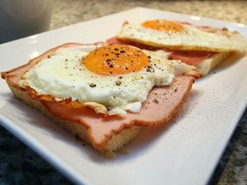 Подача яичных блюд