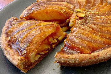 Айвово-ванильный пирог с фисташками - веганский