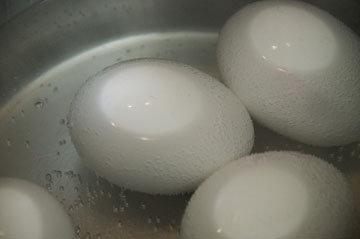как приготовить вареные яйца