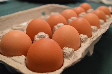 приготовить вареные яйца