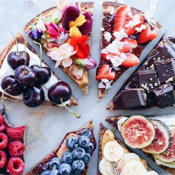 подача и украшение пирога могут быть различными