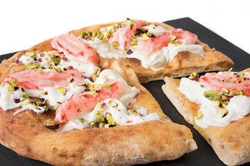 pizza con-stracciatella