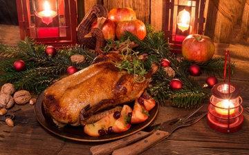 Гуся готовят наРождествово многих странах
