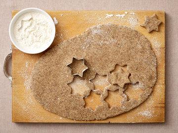 Печенье прилипает к формочкам
