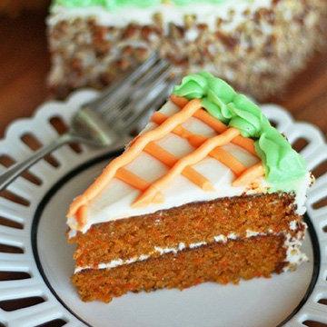 Морковный пирог с глазурью 1