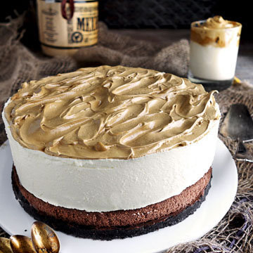 Торт Дальгона с муссом из белого шоколада