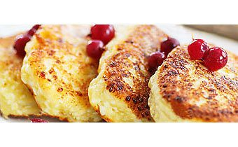 Вкусные сырники по-киевски