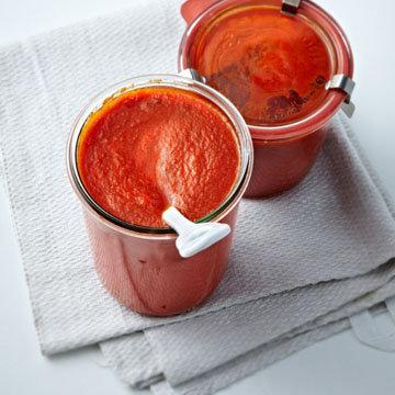 Такой домашний томатный соус и вкусен и полезен!