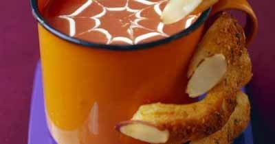 Рецепты на Хэллоуин. Тыквенный крем суп немного страшный