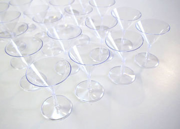 12 пластиковых бокалов для мартини