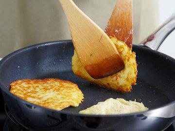 Как приготовить картофельные драники 6