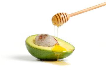 Употребляется авокадо и в десертах и сладких блюдах