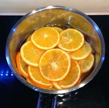 Апельсины залить сиропом