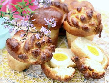 Пирожки с яйцом Киндер-сюрприз