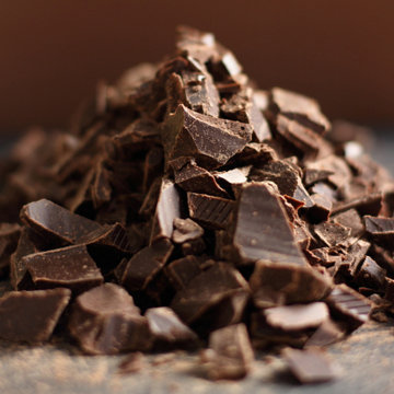 Шоколад измельчить