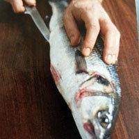 Рыбу очистить 1