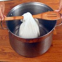 как дать сыворотке стечь