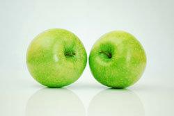 2 яблока