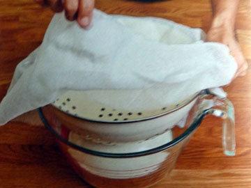 Рецепт домашнего сыра. Шаг 1