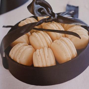 2. Ванильные макаронс