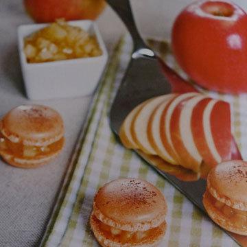5. Макаронс с яблоками