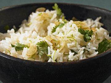 Рис с лаймом и кориандром