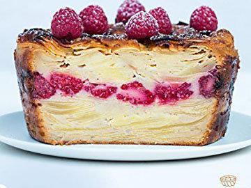 пирог чрезвычайно легкий и фруктовый