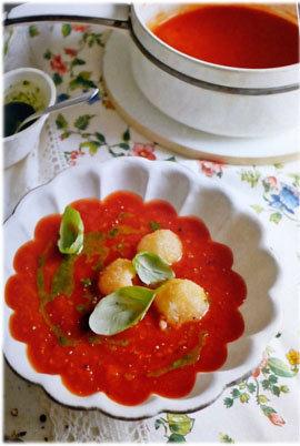 Суп красный