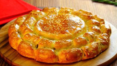 Сырное фондю с колбасками 1