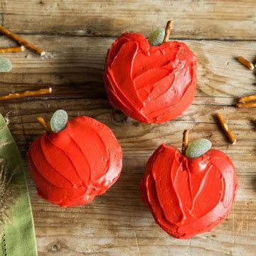Капкейки с яблоками